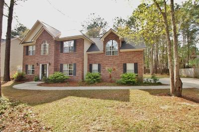 Goose Creek Single Family Home Contingent: 210 Hamlet Circle