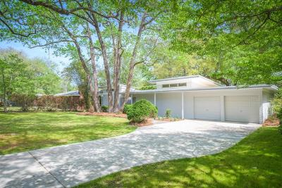 Single Family Home Contingent: 1756 Somerset Circle