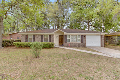 Charleston Single Family Home For Sale: 940 Savage Road