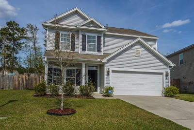 Goose Creek Single Family Home For Sale: 414 Mountain Laurel Circle