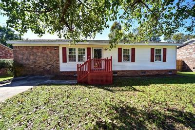 Goose Creek Single Family Home For Sale: 338 Water Oak Drive