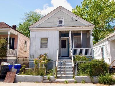 Single Family Home For Sale: 19 N Tracy Street