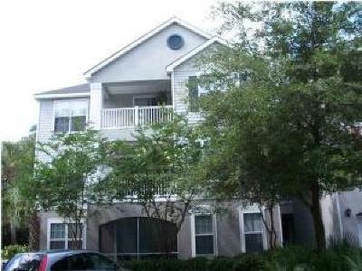 Johns Island Attached Contingent: 60 Fenwick Hall Allee #135