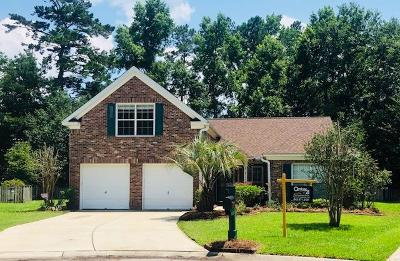 Legend Oaks Plantation Single Family Home For Sale: 604 Leaning Pin Court