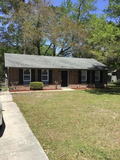 Single Family Home Contingent: 111 Stephanie Circle