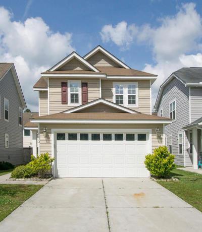 North Charleston Single Family Home For Sale: 8813 Shadowglen Drive