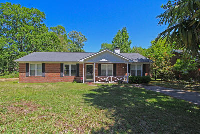 Charleston SC Single Family Home For Sale: $265,000