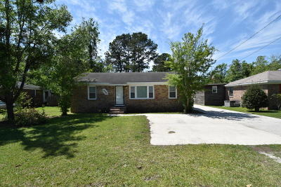 Goose Creek Single Family Home Contingent: 315 Jean Wells Drive