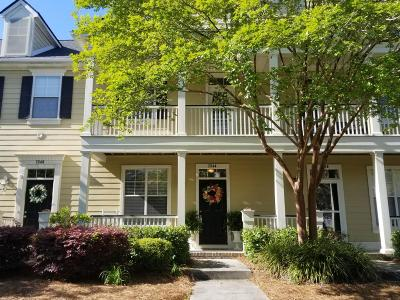 Mount Pleasant SC Attached For Sale: $264,000