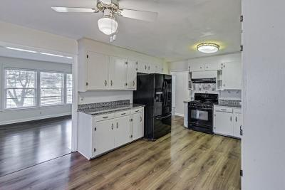 Charleston Single Family Home For Sale: 1332 Memory Lane