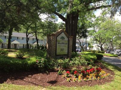 Charleston County Attached Contingent: 507 Stinson Drive #7f