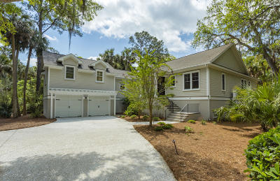Seabrook Island Single Family Home For Sale: 2645 Gnarled Pines