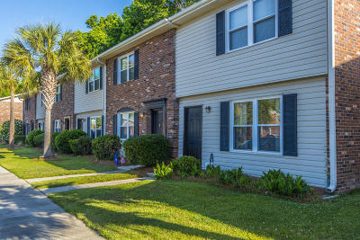 Charleston County Attached Contingent: 415 Parkdale Drive #17-F