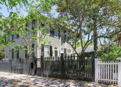 Single Family Home Contingent: 8 Greenhill Street