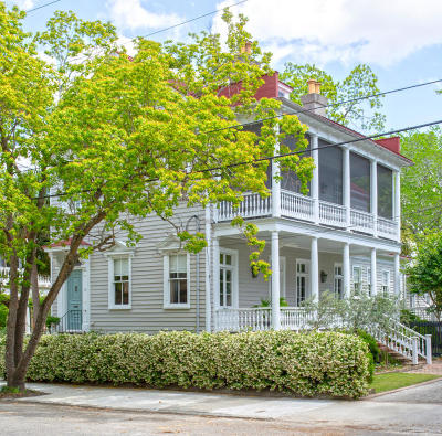 Single Family Home Contingent: 10 Franklin Street