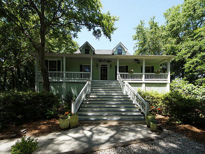 Single Family Home For Sale: 805 Prince Ferry Lane