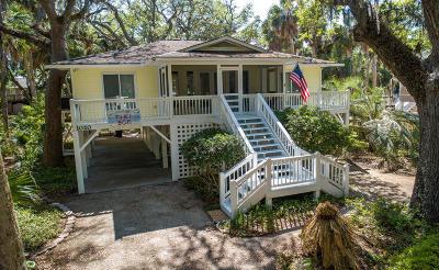 Edisto Beach Single Family Home Contingent: 1020 Osceola Street