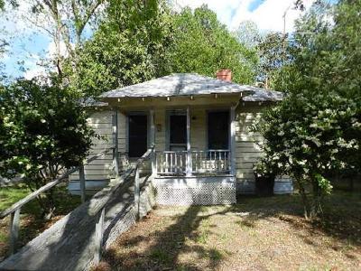 Walterboro Single Family Home For Sale: 110 Shaffer Street