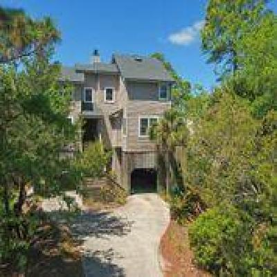 Folly Beach Single Family Home For Sale: 329 Shadow Race Lane