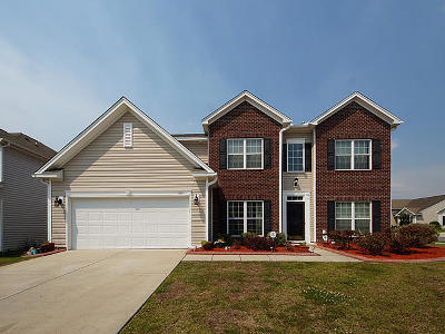 Goose Creek Single Family Home For Sale: 213 Mayfield Drive