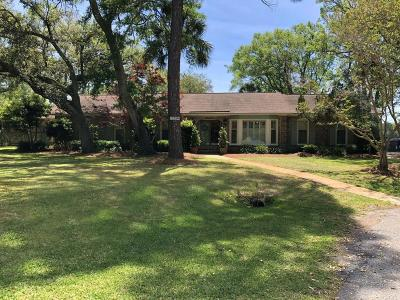 Single Family Home For Sale: 2320 Bluefish Circle
