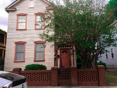 Single Family Home Contingent: 86 Drake St. Street