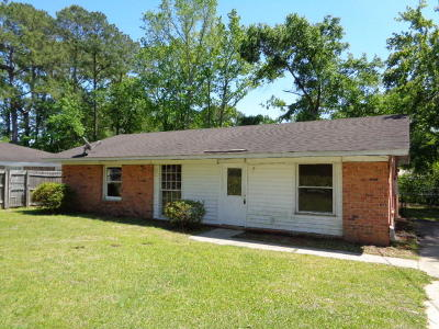 Summerville Single Family Home For Sale: 608 Beech Hill Road