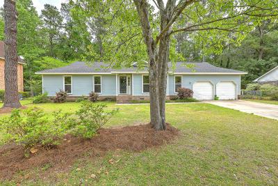 Summerville Single Family Home Contingent: 114 Sandtrap Road