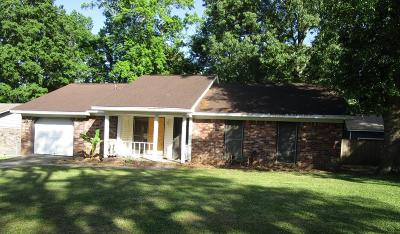 Goose Creek Single Family Home For Sale: 34 Burnt Mills Road