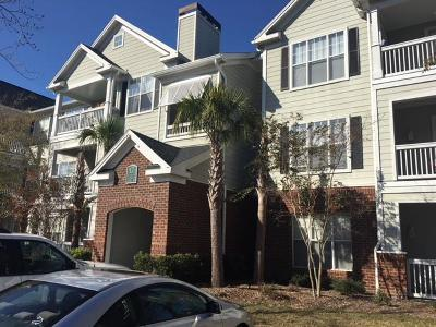 Charleston Attached Contingent: 45 Sycamore Avenue #1238