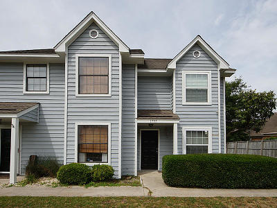 Mount Pleasant Attached For Sale: 1735 Deer Path Drive