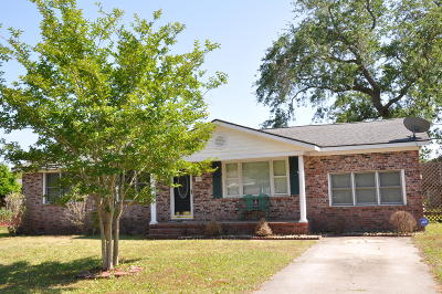 James Island Single Family Home For Sale: 703 Windward Road