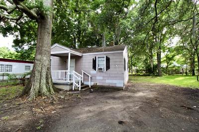 Single Family Home For Sale: 5047 Delta Street