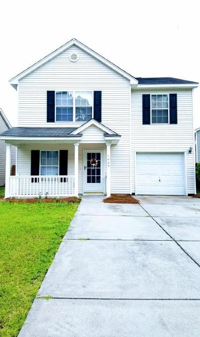 Berkeley County Single Family Home For Sale: 1405 Pinethicket Drive