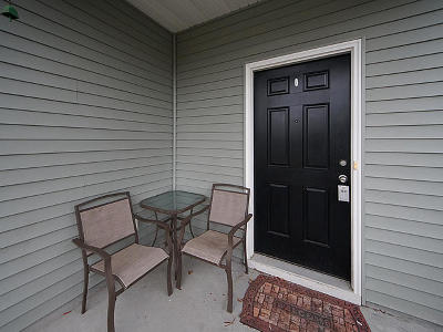 Berkeley County Single Family Home For Sale: 319 Iveson Road