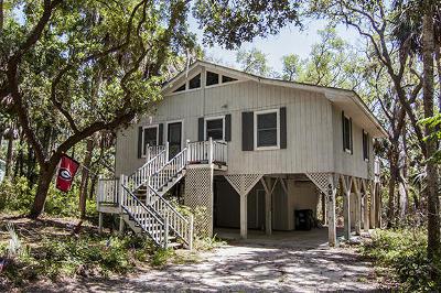 Edisto Beach Single Family Home For Sale: 605 Dolphin Street