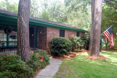 Charleston SC Single Family Home Contingent: $233,000