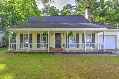 North Charleston Single Family Home For Sale: 4722 Cotillion Drive