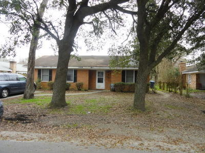 Charleston Single Family Home For Sale: 2126 Oakland Road
