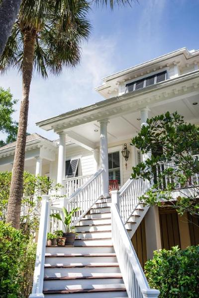 Mount Pleasant SC Single Family Home For Sale: $975,000