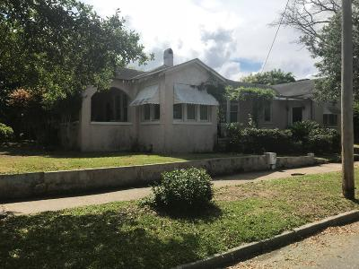Charleston SC Single Family Home For Sale: $695,000