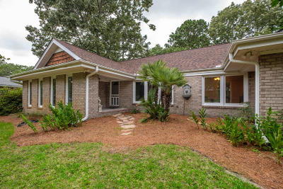 Charleston Single Family Home For Sale: 1522 N Pinebark Lane