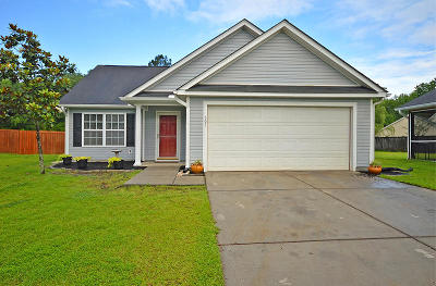 Goose Creek Single Family Home Contingent: 307 Greens Court