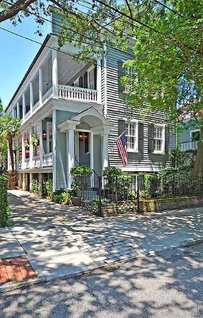 Charleston Single Family Home For Sale: 62 Bull Street