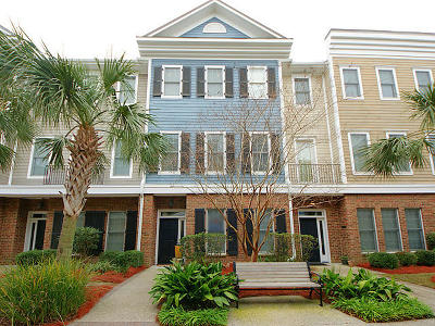 Mount Pleasant Attached For Sale: 656 Coleman Boulevard #503