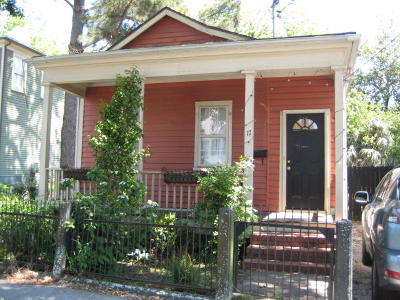 Single Family Home For Sale: 17 Francis Street