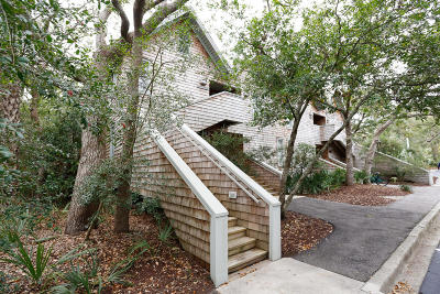 Kiawah Island Attached For Sale: 3579 Shipwatch Road