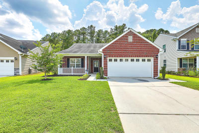 Goose Creek Single Family Home Contingent: 519 Flycatcher Drive