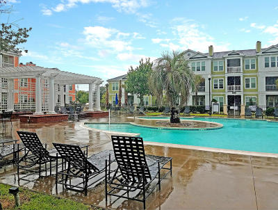 Attached For Sale: 1021 Rosewood Lane #1021