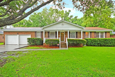 Charleston Single Family Home For Sale: 2214 N Dallerton Circle